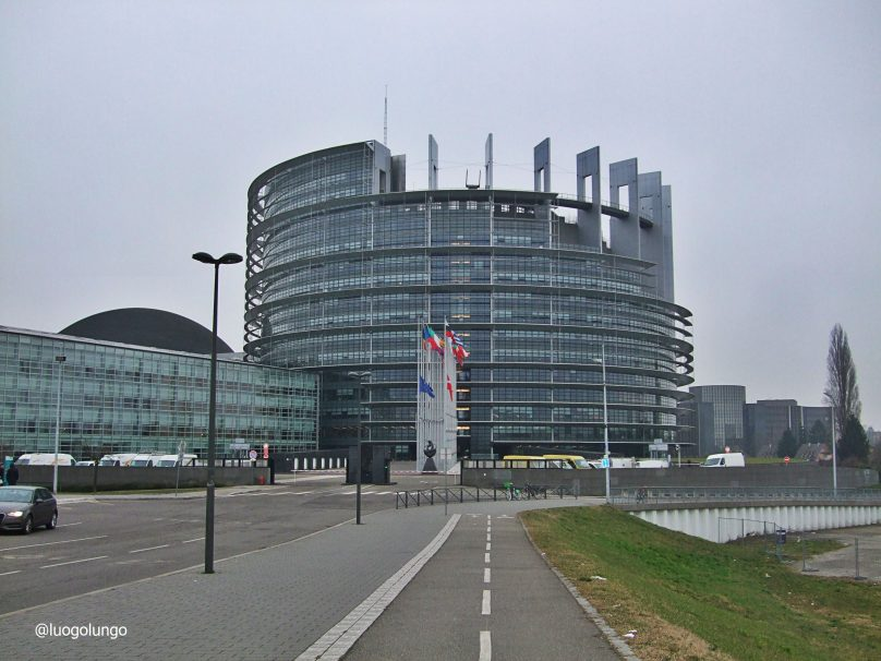 Parlamento Europeo_Strasburgo_luogolungo