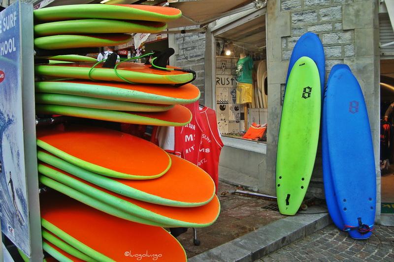 foto con raffigurato shop di surf_Biarritz