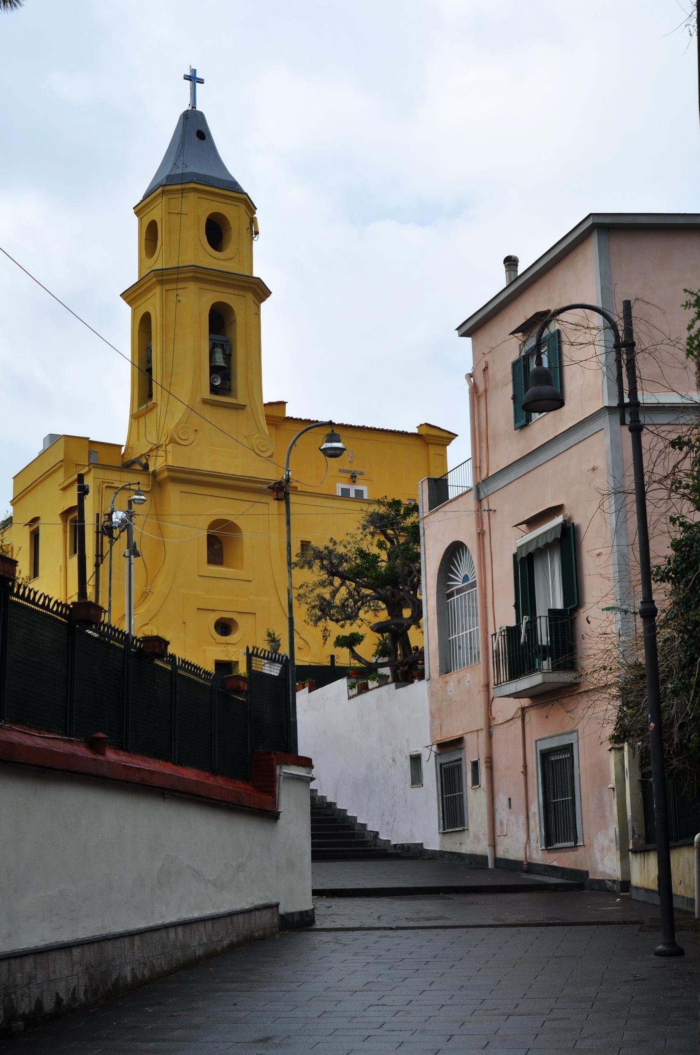 foto con raffigurato S. Maria del Faro Napoli