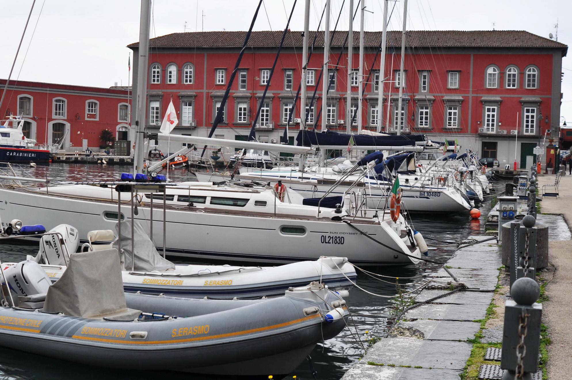 Darsena Marina Militare