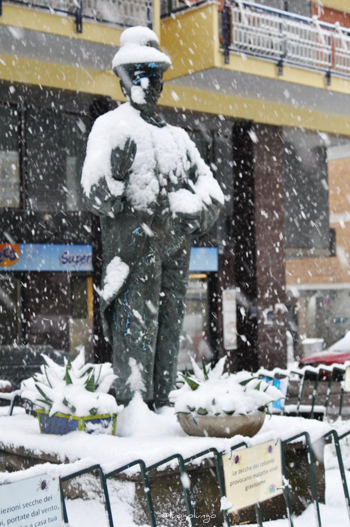 Statua Toto Rione Alto