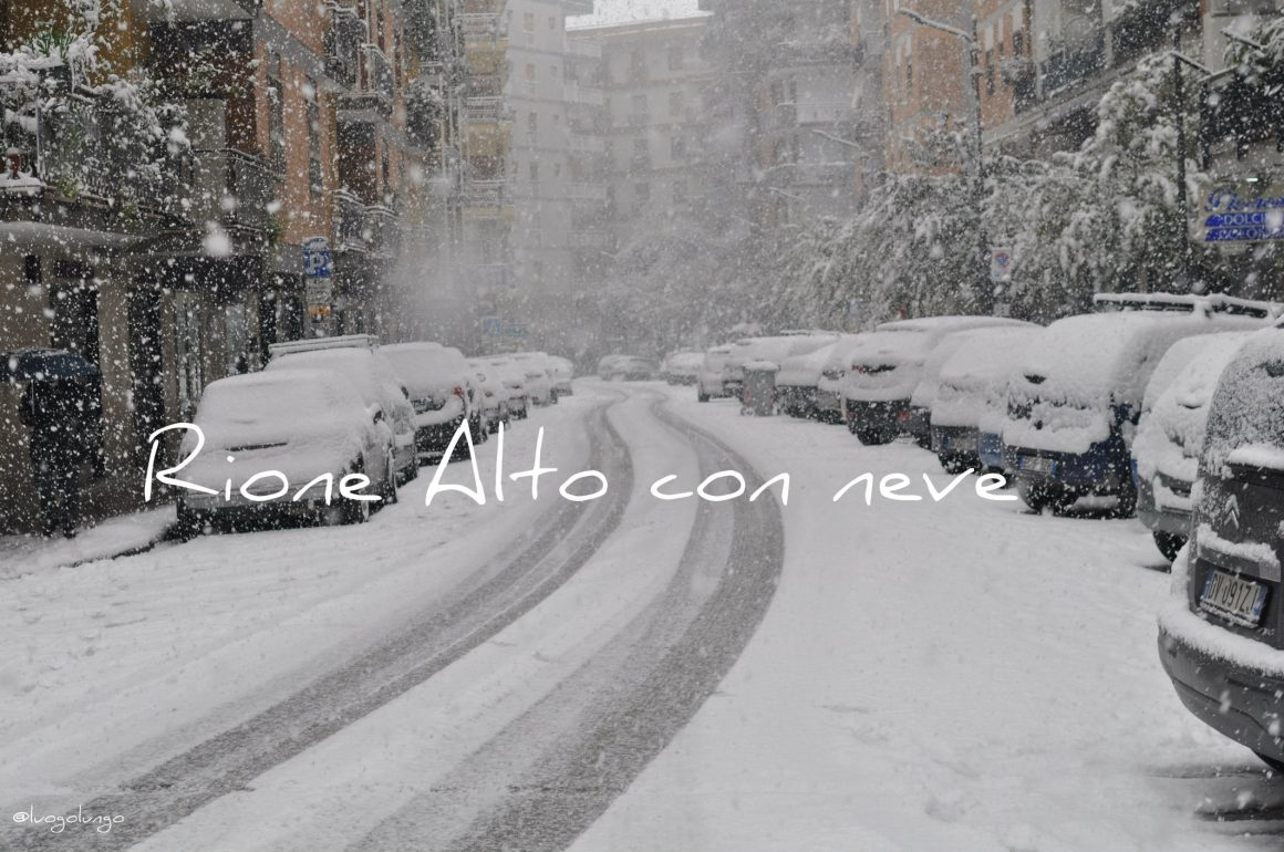 foto con raffigutato neve in Via Onofri Fragnito_Napoli