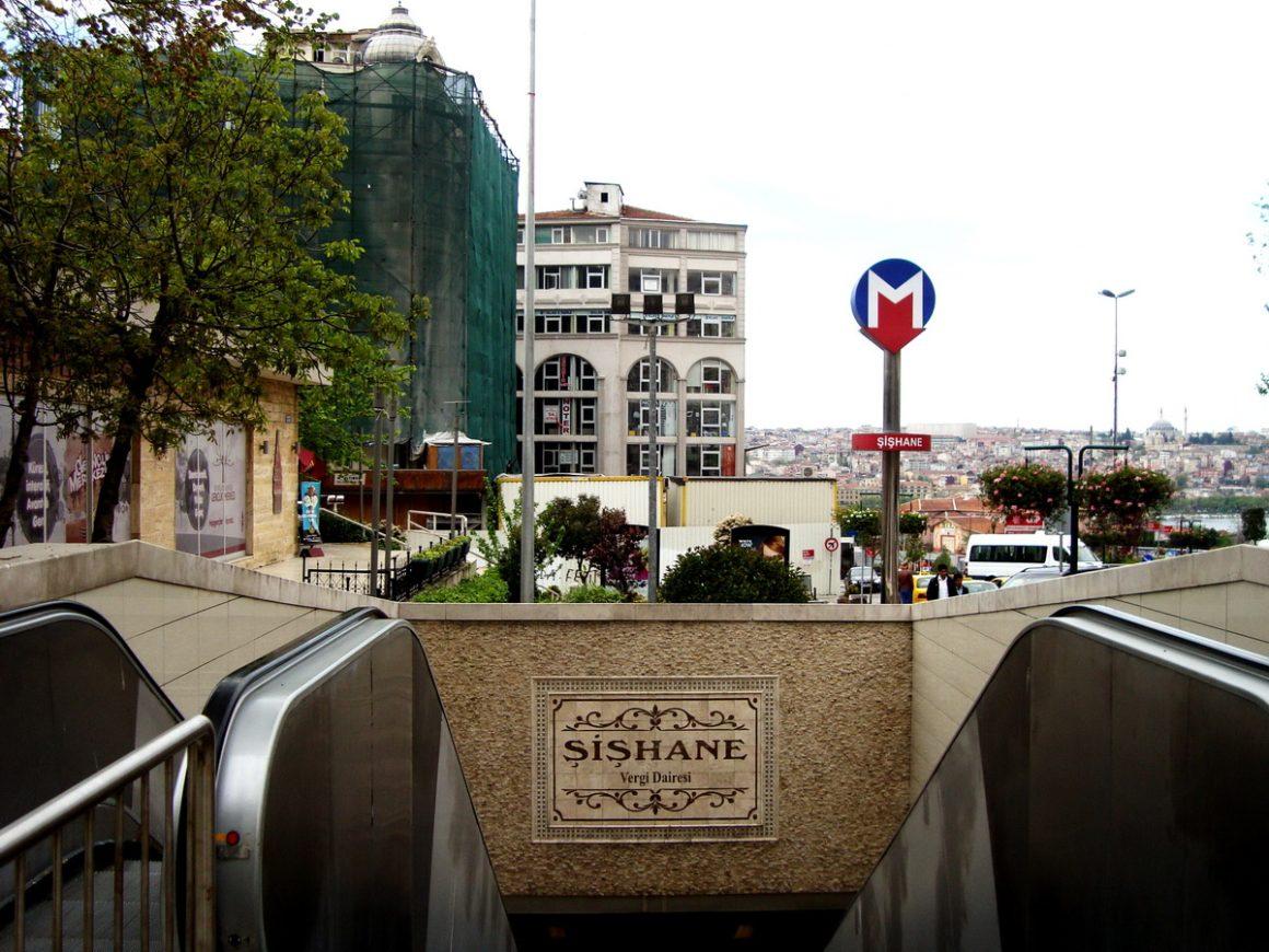 ISTANBUL Şişhane _luogolungo_1