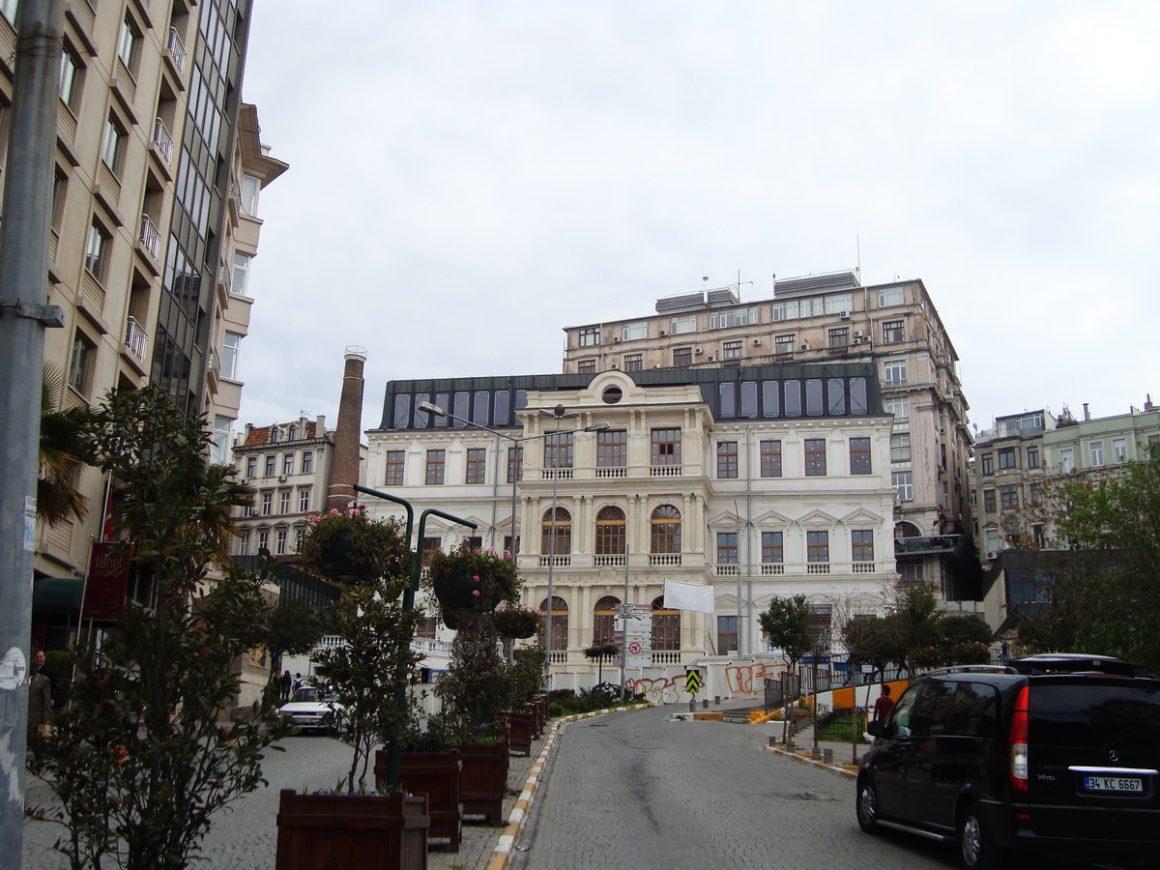 ISTANBUL Şişhane _luogolungo_2