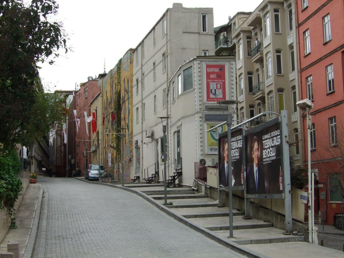 ISTANBUL Şişhane _luogolungo_4