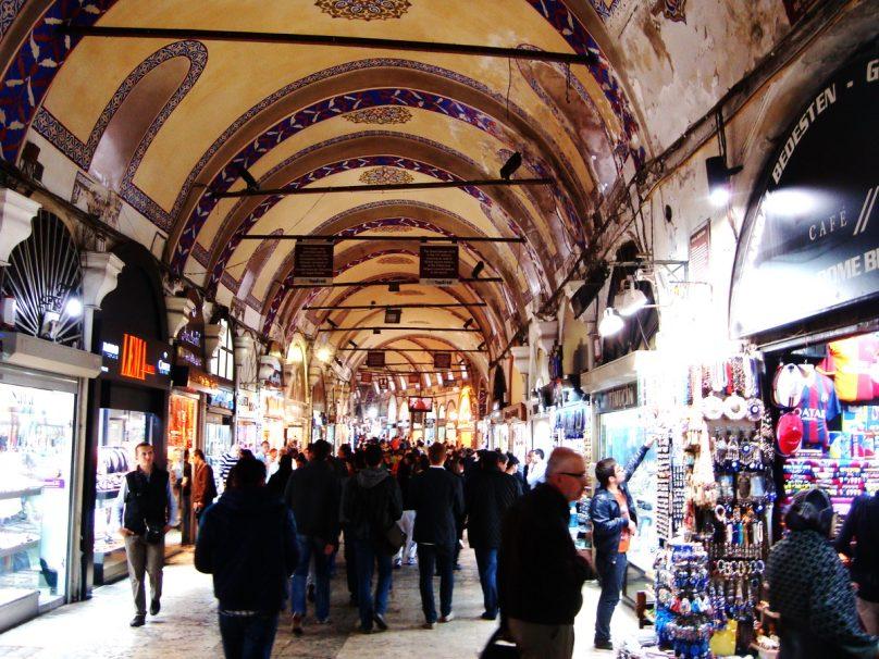 GRAN BAZAR_Istanbul_luogolungo_1