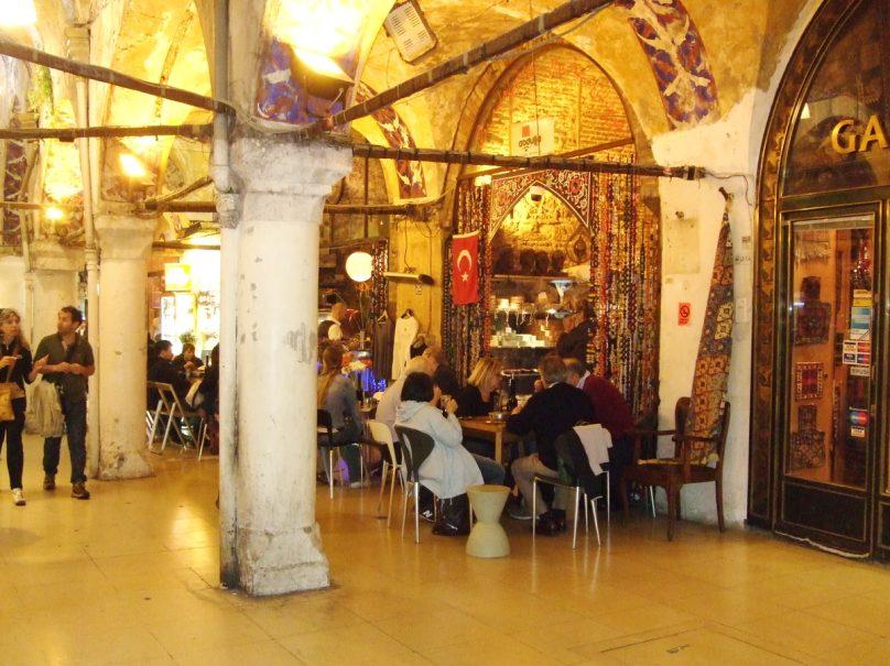 GRAN BAZAR_Istanbul_luogolungo_6