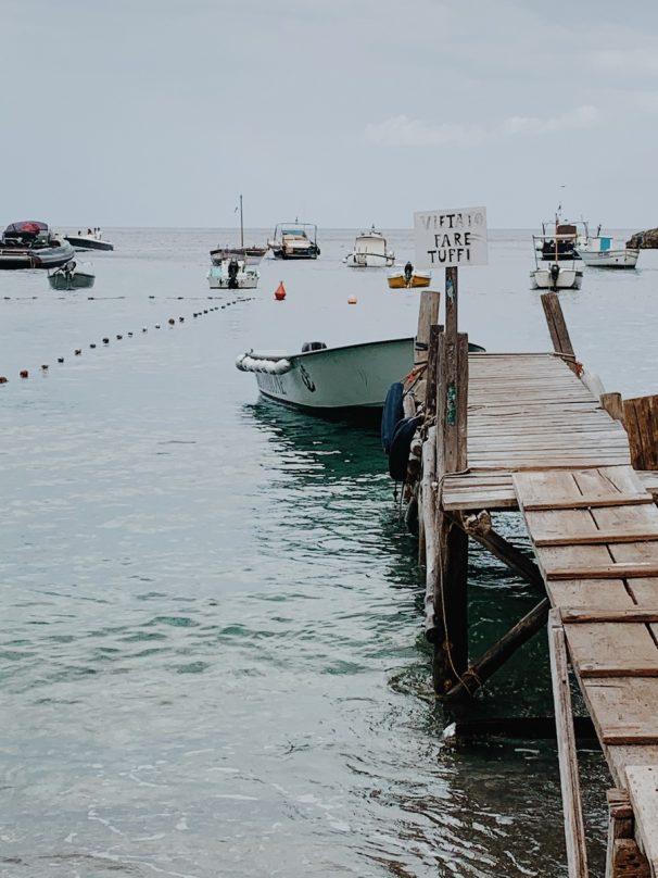 Pontile spiaggia Recommone Nerano_luogolungo_travelblog